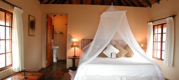White Elephant Bush Lodge,Pongola Game Reserve,Private Camp,Exclusive Hire,Lake Jozini,Accommodation Bookings,Hluhluwe iMfolozi Reservations
