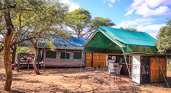 Self catering Mantuma Camp Mkuze Game Reserve  KwaZulu-Natal